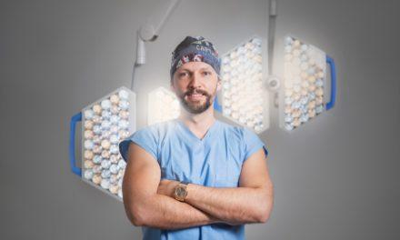 Plastický chirurg Juraj Payer: Vycházející hvězda, kterého si žádají u nás i v zahraničí