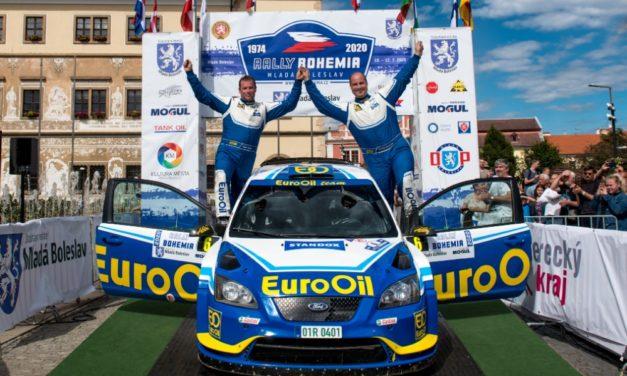 Rallye závodník Pech podpoří charitativní kalendář. A vy můžete vyhrát parádní televizi!
