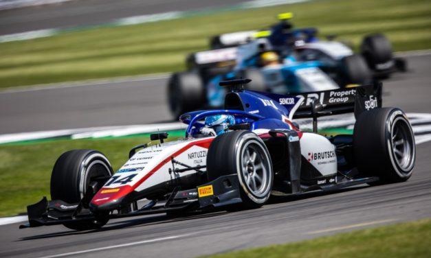 Druhý závod F2 v Silverstone: Beckmann raketovým startem pro body Charouz Racing System