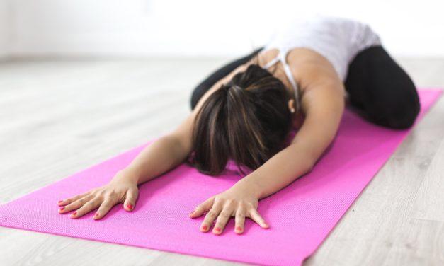 Zacvičte si jógu s nejlepšími lektory: Festival Pro dobrou věc brzy otevře brány