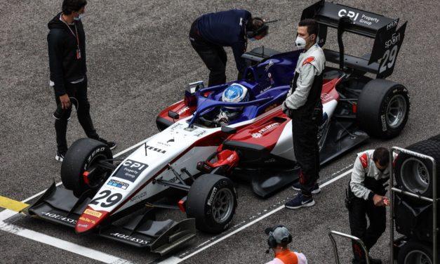 Konec sezóny FIA F3: Charouz Racing System se v Soči předvedl parádně